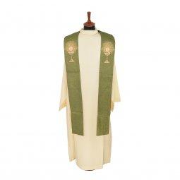 Copertina di 'Stola verde in lana Lurex con calici e monogramma IHS ricamati a macchina'