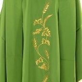 Immagine di 'Casula verde con spighe e uva ricamati'