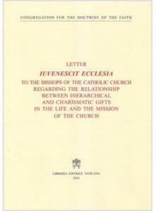 Copertina di 'Iuvenescit ecclesia. Inglese'