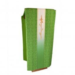 Copertina di 'Coprileggio verde con croce e spighe stampate su fascia centrale sfumata'