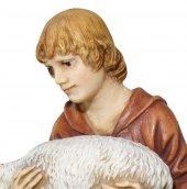 Immagine di 'Pastore in ginocchio con agnello Linea Martino Landi - presepe da 120 cm'