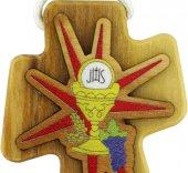 Immagine di 'Bomboniera comunione: Croce in legno d'ulivo con calice - 4,7 cm'