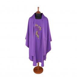 Copertina di 'Casula viola con ramo d'ulivo e tau ricamati'