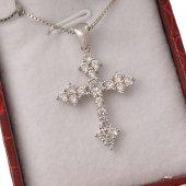 Collana con crocetta a punta in strass e catenina in argento 925