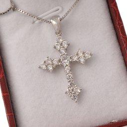 Copertina di 'Collana con crocetta a punta in strass e catenina in argento 925'