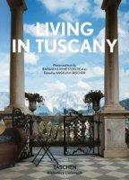 Living in Tuscany. Ediz. inglese, francese e tedesca - Stoeltie Barbara, Stoeltie René