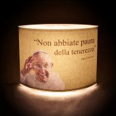"Immagine di 'Lampada ""Non abbiate paura..."" (Papa Francesco) - dimensioni 20,5x16,5 cm'"