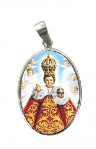 Copertina di 'Medaglia Gesù Bambino di Praga  ovale in argento 925 e porcellana - 3 cm'