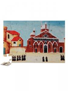 """Copertina di 'Puzzle """"Frati in processione sul sagrato della Basilica"""" (48 pezzi)'"""