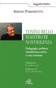 Copertina di 'Tonino Bello maestro di non violenza'