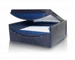 Copertina di 'Scatolina Portarosario in plastica rigida glitterata blu - 6 x 6 cm'
