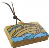 Immagine di 'Ciondolo Arca di Noè rettangolare in legno d'ulivo colorato con cordone - 3,5 x 2 cm'