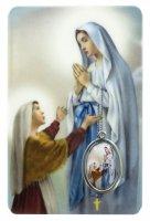 Card Madonna di Lourdes in PVC - 5,5 x 8,5 cm - inglese