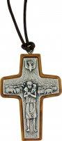 Croce Buon Pastore in metallo e legno d'ulivo con laccio - cm 5 di  su LibreriadelSanto.it