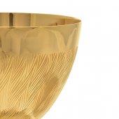 Immagine di 'Calice dorato zigrinato con patena dorata liscia'