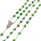 Immagine di 'Rosario in cristallo smeraldo con croce in metallo color argento - grani sfaccettati 5 mm'