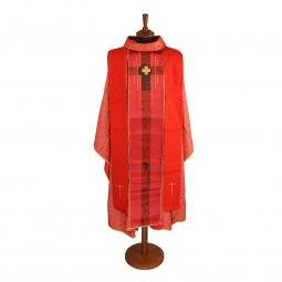 Copertina di 'Casula rossa con stolone e ricamo a croce centrale'