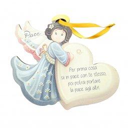 """Copertina di 'Angelo da appendere in legno colorato con cuore """"Pace"""" - dimensioni 14x17 cm'"""
