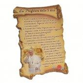 """Quadretto a forma di pergamena con piedino da appoggio """"La Preghiera delle 5 dita"""" (10 x 7) - Papa Francesco"""