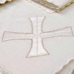 Copertina di 'Servizio da messa 4 pezzi con ricamo a croce greca'