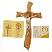 Immagine di 'Croce di San Benedetto in legno d'ulivo e stile moderno - dimensioni 26,5x14 cm'