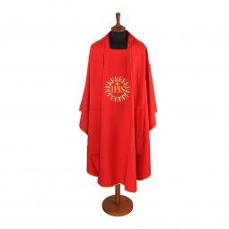 Copertina di 'Casula rossa con sole e cristogramma IHS ricamati'