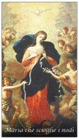 Immaginetta di Maria che scioglie i nodi con preghiera - 5,8 x 10,3 cm