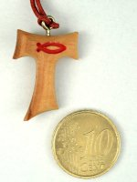 Immagine di 'Tau in ulivo con simbolo Ichthys in rosso con laccio - altezza 2,5 cm'