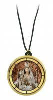 Ciondolo Madonna dell'Angelo di Caorle in legno ulivo con immagine serigrafata - 3,5 cm