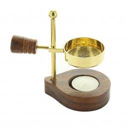 Copertina di 'Brucia incenso moderno in metallo dorato e legno - altezza 12 cm'