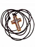Croce di San Benedetto in legno da collo con laccio (2,2 x 1,5)