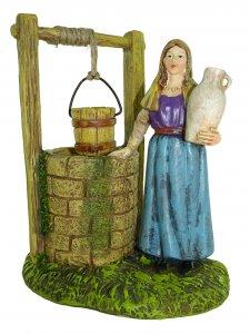 Copertina di 'Statuine presepe: Donna al pozzo linea Martino Landi per presepe da cm 12'