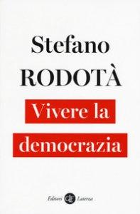 Copertina di 'Vivere la democrazia'