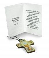 Immagine di 'Bomboniera comunione bambino/bambina: croce in legno con scatola in italiano - 3,5 cm'