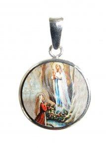 Copertina di 'Medaglia Madonna di Lourdes tonda in argento 925 e porcellana - 1,8 cm'