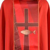 Immagine di 'Casula rossa con il simbolo del pesce'