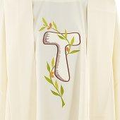 Immagine di 'Casula avorio con ramo d'ulivo e tau ricamati'