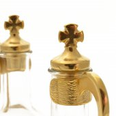 Immagine di 'Servizio ampolline in vetro con tappi, manici e vassoio in alpacca'