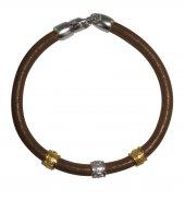 Bracciale trinity in cuoio marrone con inserti ottone in bagno oro giallo e oro bianco