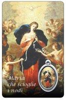 Card  di Maria che scioglie i nodi con medaglia resinata di Maria che scioglie i nodi cm 5,5 x 8,5
