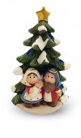 Natività a forma di albero di Natale con luci colorate