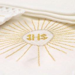 Copertina di 'Servizio da messa 4 pezzi con simboli eucaristici e cristogramma IHS ricamati'