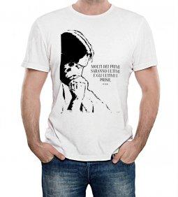 """Copertina di 'T-shirt """"Molti dei primi saranno..."""" (Mt 19,30) - Taglia M - UOMO'"""