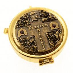 """Copertina di 'Teca eucaristica porta ostie con placca bronzata in rilievo """"Tertium Millennium"""" - diametro 5,3 cm'"""