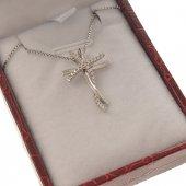 Collana con crocetta ad intreccio in strass e catenina in argento 925