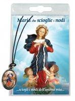 Medaglia Maria che scioglie i nodi con laccio e preghiera in italiano