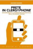Prete in clergyphone - Giacomo Ruggeri