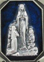 Immagine di 'Portachiavi Lourdes tipo pergamena in metallo nichelato'