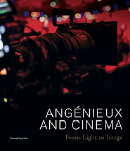 Copertina di 'Angénieux and cinema. From light to image'