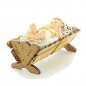 Immagine di 'Gesù Bambino con culla in legno d'ulivo - dimensioni 9x4 cm'